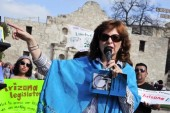 author-carmen-tafolla-speaks-at-the-alamo