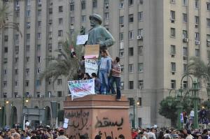 Omar Makram statue- Tahrir Square