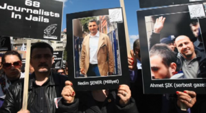Turkish Journalists Protest