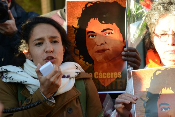 Daughter of Berta Cáceres during a protest for Berta Cáceres' assassination.  Image via Flickr user: Comision Interamericana de Derechos Humanos