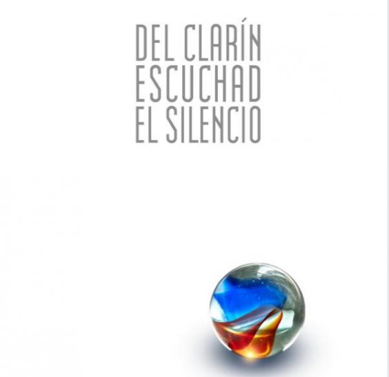 Del clarín escuchad el silencio. Image via: Amazon.com