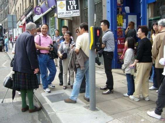 Chinese tourists in Edinburgh. Image via Wikimedia Commons